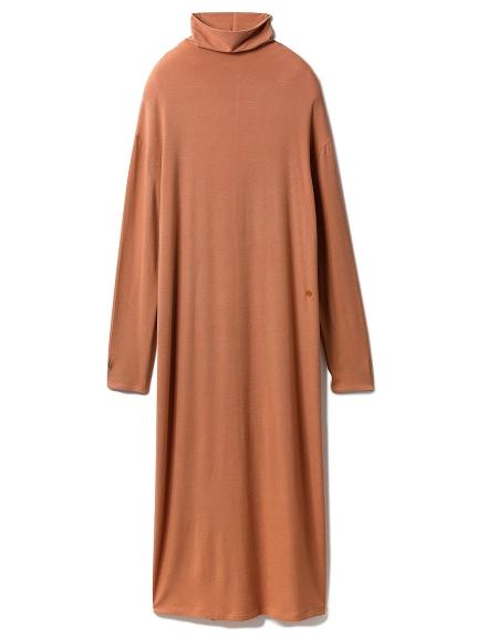 ピーチスキンハイネックドレス